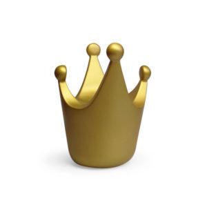 Gouden spaarpot in de vorm van een kroontje van Atelier Pierre