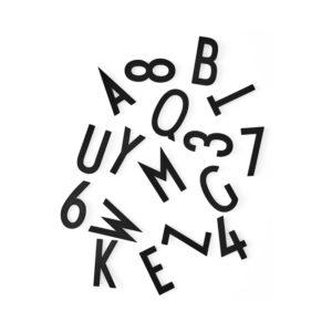 Grote zwarte letters van Design Letters in box