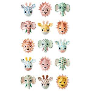 Wit behangpapier met lieve wilde dieren van Studio Ditte