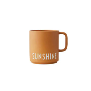 DESIGN LETTERS FAVOURITE CUP WITH HANDLE SUNSHINE