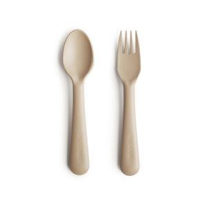 Beige lepel en vork van Mushie